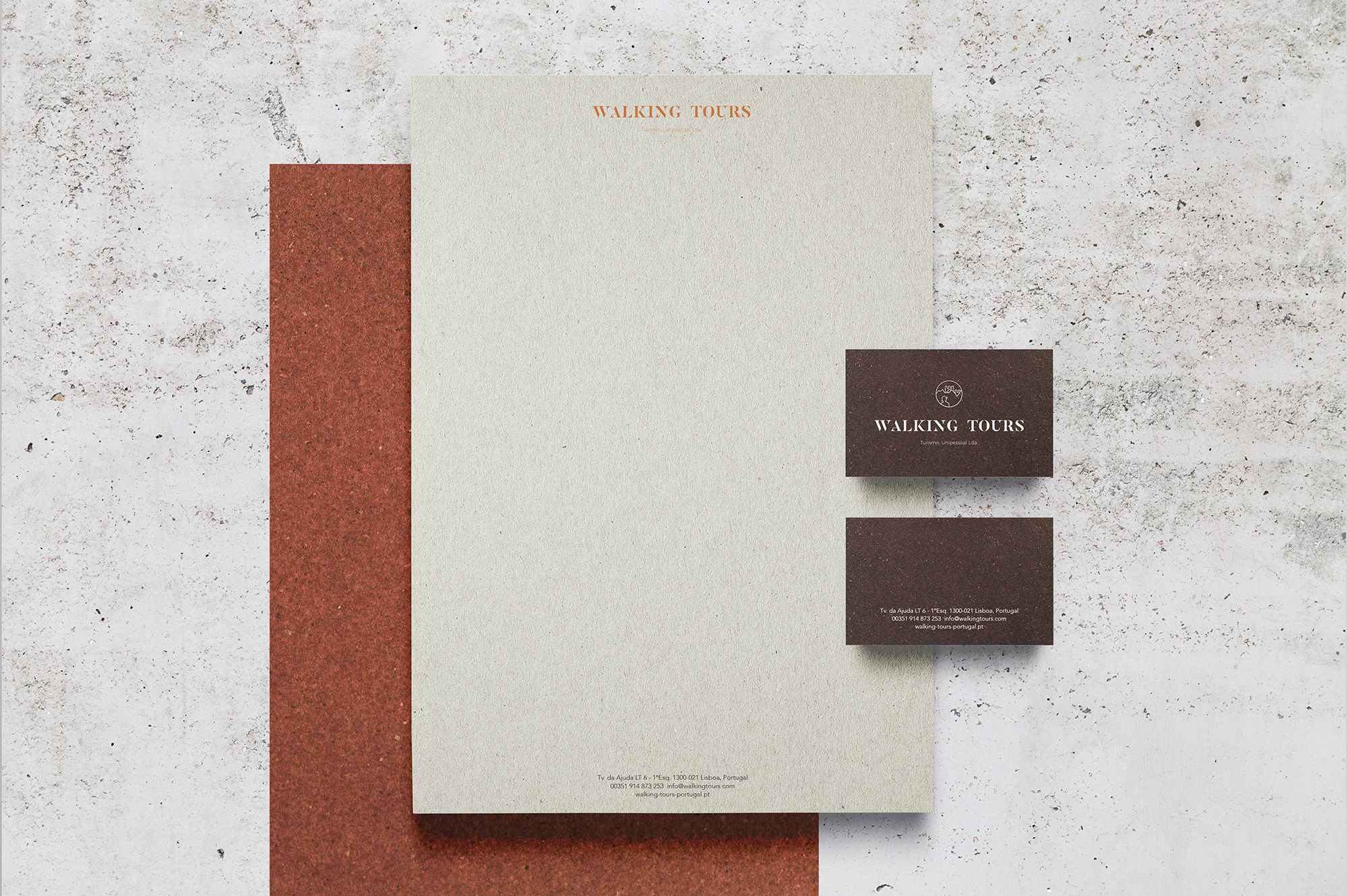 WALKING_STATIONARY_MOCKUP_01